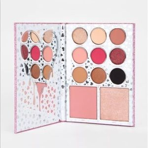 Makeup - Kylie Jenner I Want It All Eyeshadow Palette SALE
